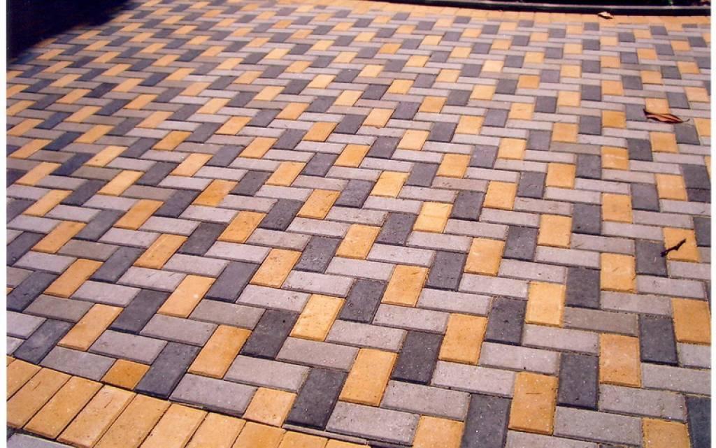 фото тротуарная плитка брусчатка варианты укладки